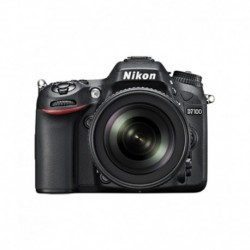 Nikon D7100 with 18-140mm Lens